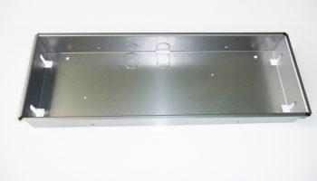 タレパン・曲げ加工・TIG溶接・白塗装の鉄製照明機器